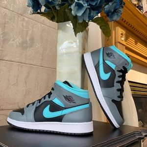 Air Jordan 1 Mid GS Grey/Aqua
